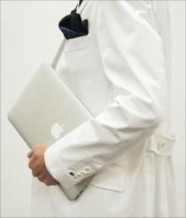 ドクターの白衣をレンタルするならklugで ~ドラマや雑誌掲載における衣装の大切さ~