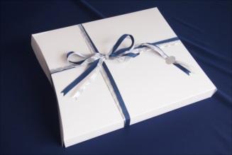 白衣をプレゼントするならklug